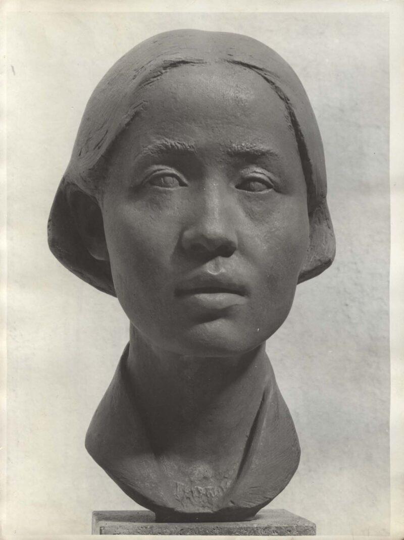 """Abbildung 1: """"Fotografie von Fritz Cremers Plastik """"Chinesische Studentin II"""""""" von Fritz Cremer"""