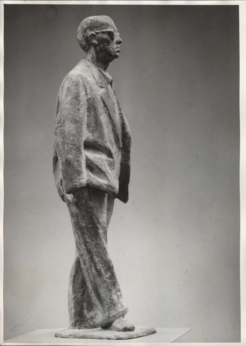 """Abbildung 1: """"Fotografie von Fritz Cremers Plastik """"Statuette Joh. R. Becher"""""""" von Fritz Cremer"""