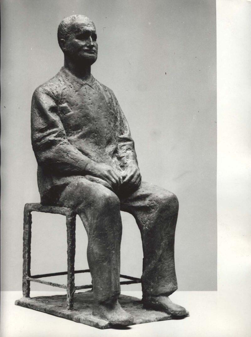 """Abbildung 1: """"Fotografie von Fritz Cremers Plastik """"Entwurf zum Brecht-Denkmal II"""""""" von Fritz Cremer"""