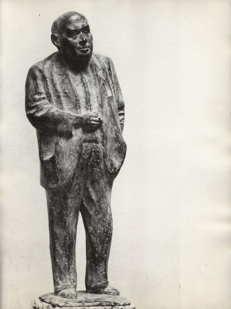 """Abbildung von """"Fotografie von Fritz Cremers Plastik """"Statuette Hanns Eisler"""""""""""