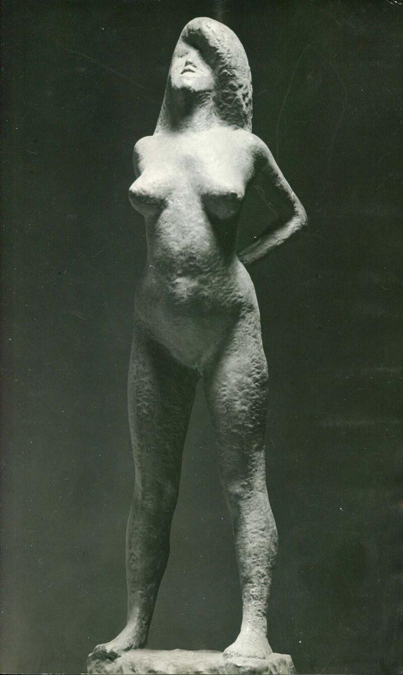 """Abbildung von """"Fotografie von Fritz Cremers Plastik """"Faunisches Mädchen I"""""""""""