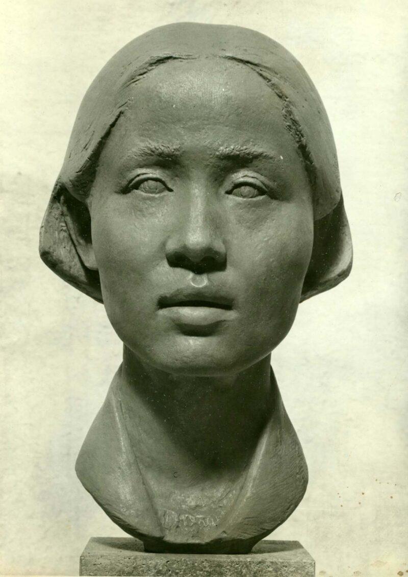 """Abbildung von """"Fotografie von Fritz Cremers Plastik """"Chinesische Studentin II"""""""""""