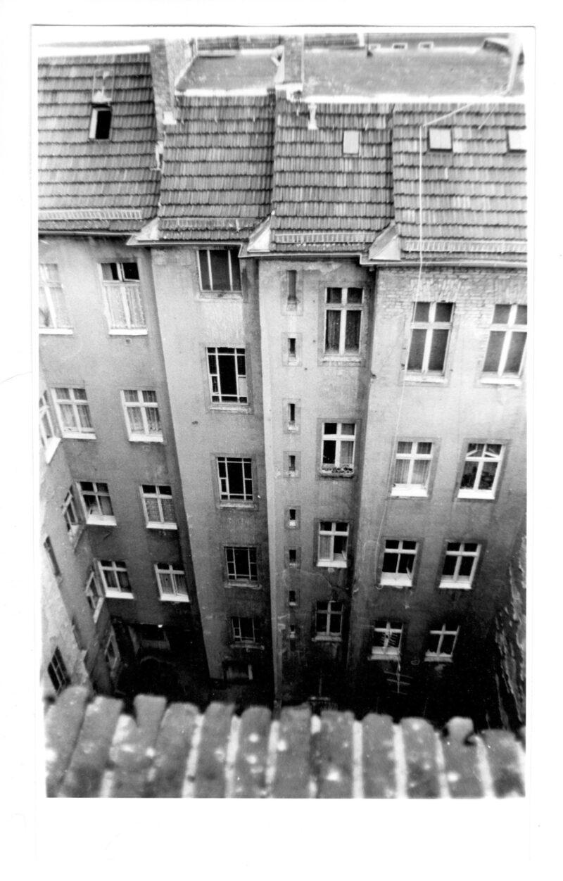 """Abbildung von """"Prenzlauer Berg, Auf den Dächern der Sonnenburger (6)"""""""