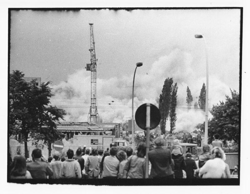 """Abbildung von """"Gasometersprengung Danziger Straße (10)"""""""
